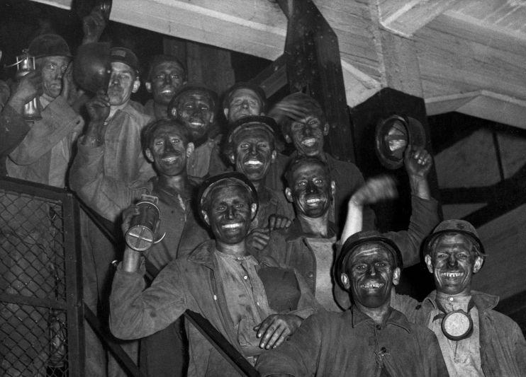 Limburgse-mijnwerkers