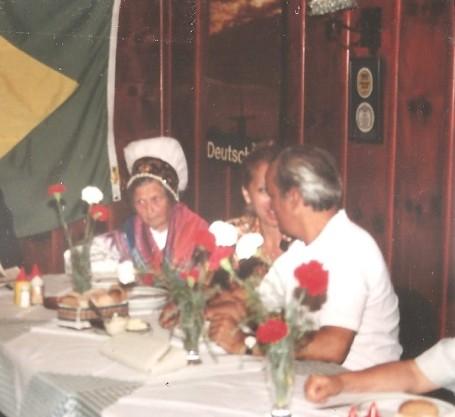 Brazilija 15.1. 1992 razglasitev Slov. Ljuba Maligaj (narodna noša)