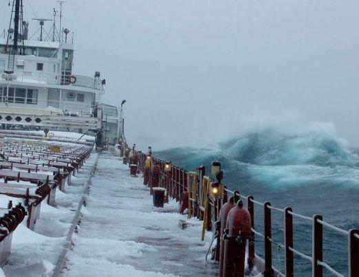veliokonočno neurje na lake Superior