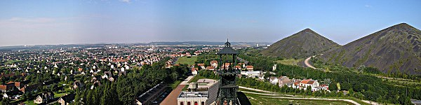600px-Lievin_France_pano2005-08