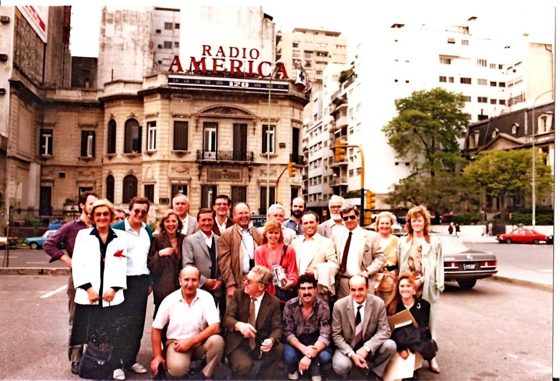 Obisk Ribniškega okteta v BA pri Okencu v svet 19881590