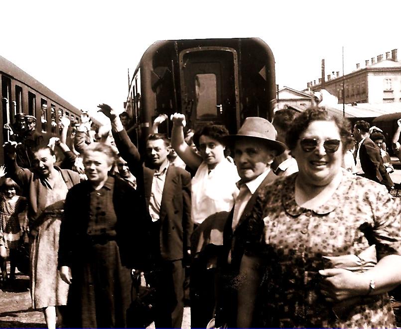EDINOST (Nizozemska) končuje dopust v SLO 21.avgust 19591697
