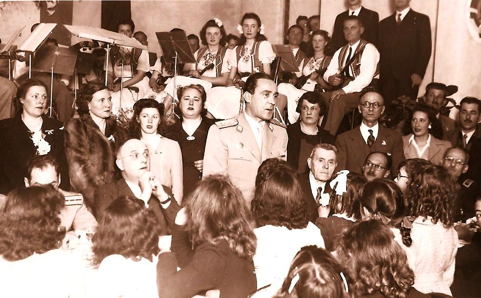 Prvi veleposlanik Nove Jug. Rosro septem. 19471682