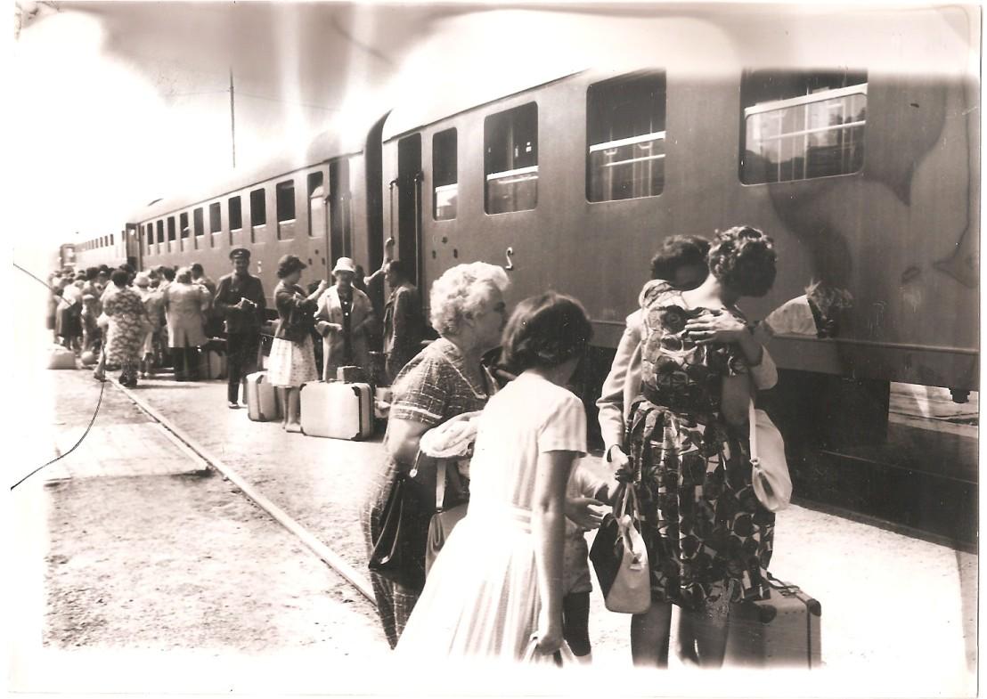 Prihod izseljencev na LJ postajo170