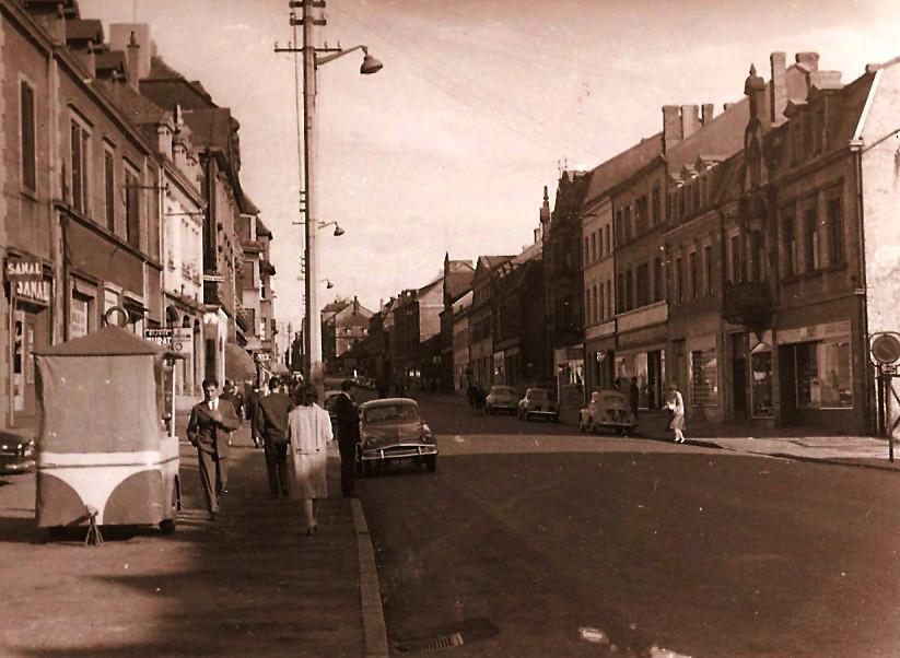 Glavna ulica Merlebach,spomladi 1959 Fr1145